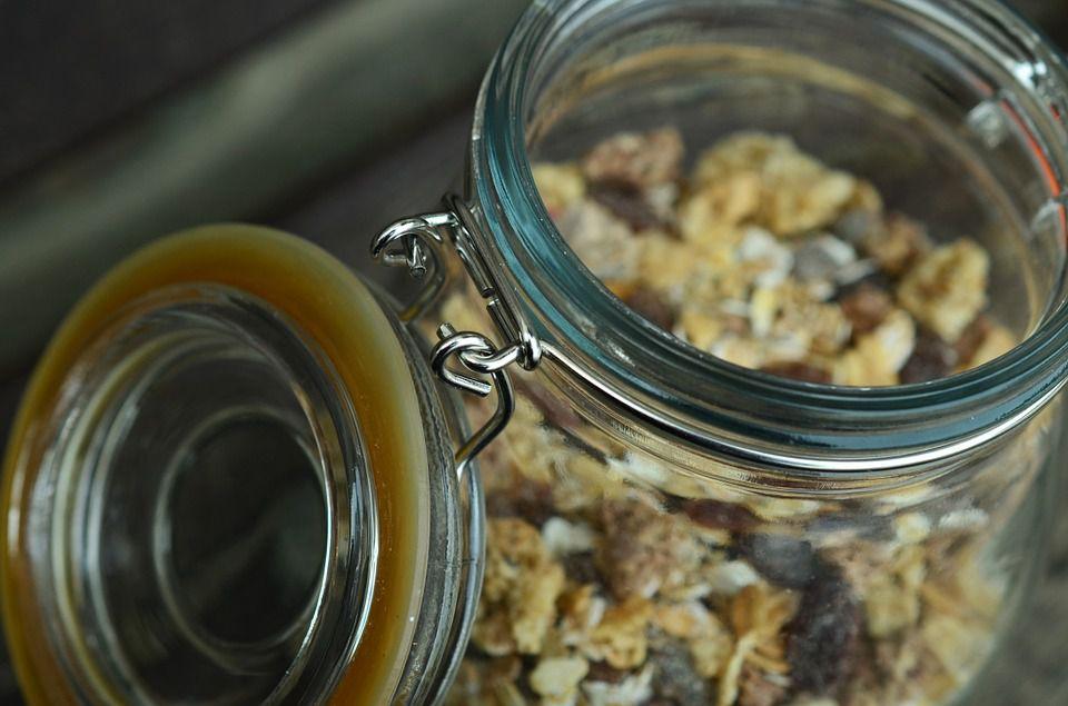 cookies in a mason jar