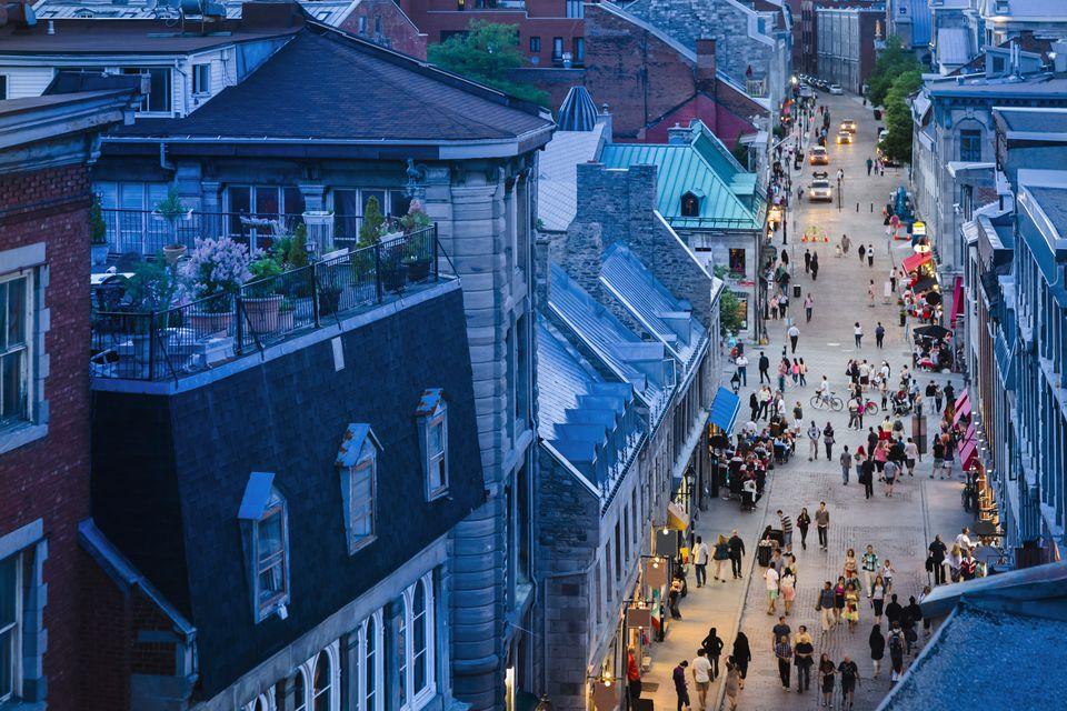 Montreal Hotels Near Nightlife
