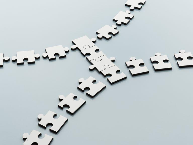 Jigsaw pieces bridging the gap