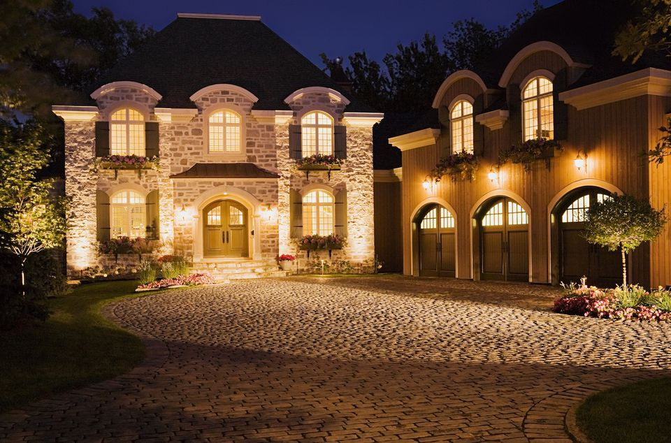 Landscape lighting how to show off your nighttime curb appeal aloadofball Image collections