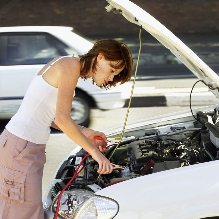 trickle charge dead car battery