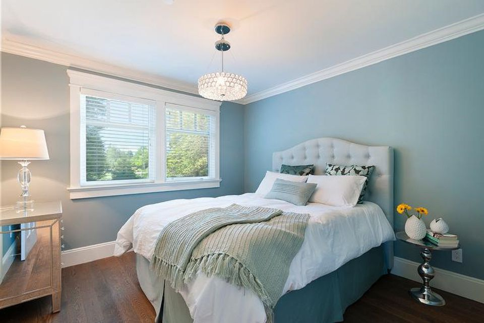 beautiful bedroom with blue walls - Bedrooms Ideas