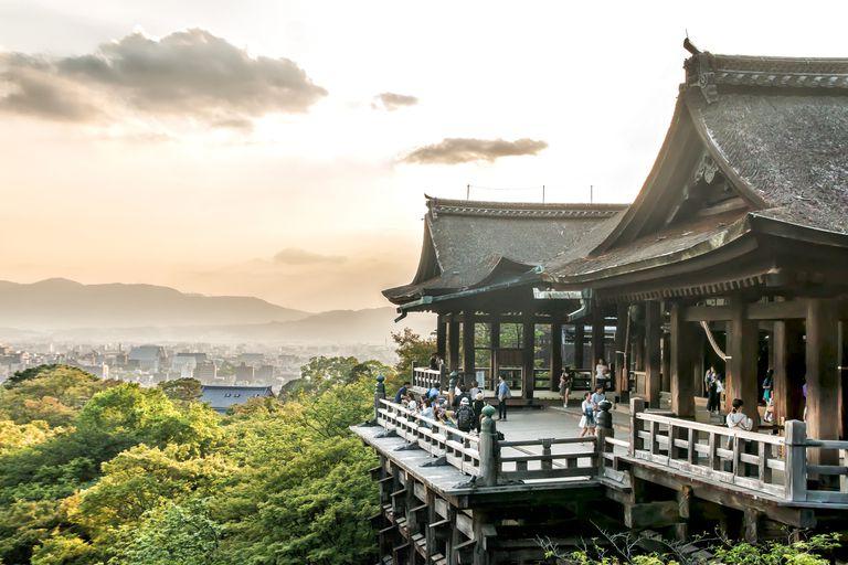 Sunset in Kiyumisu-dera Temple