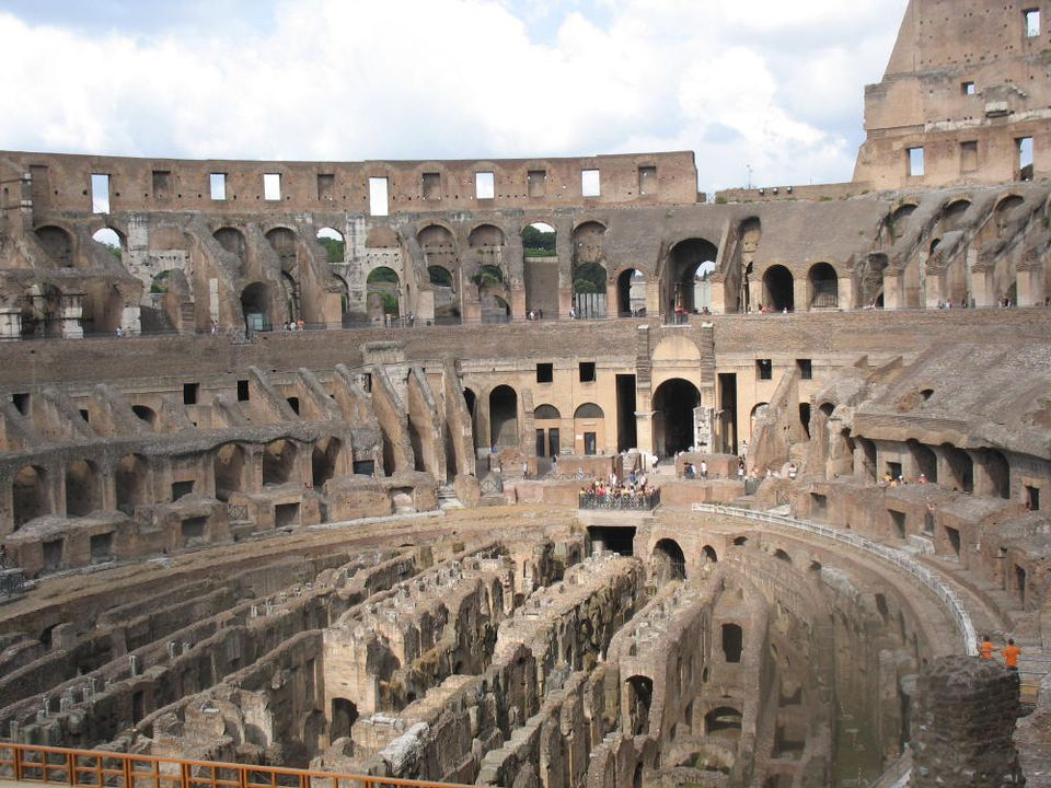 Roman Colosseum. Photo © Teresa Plowright.