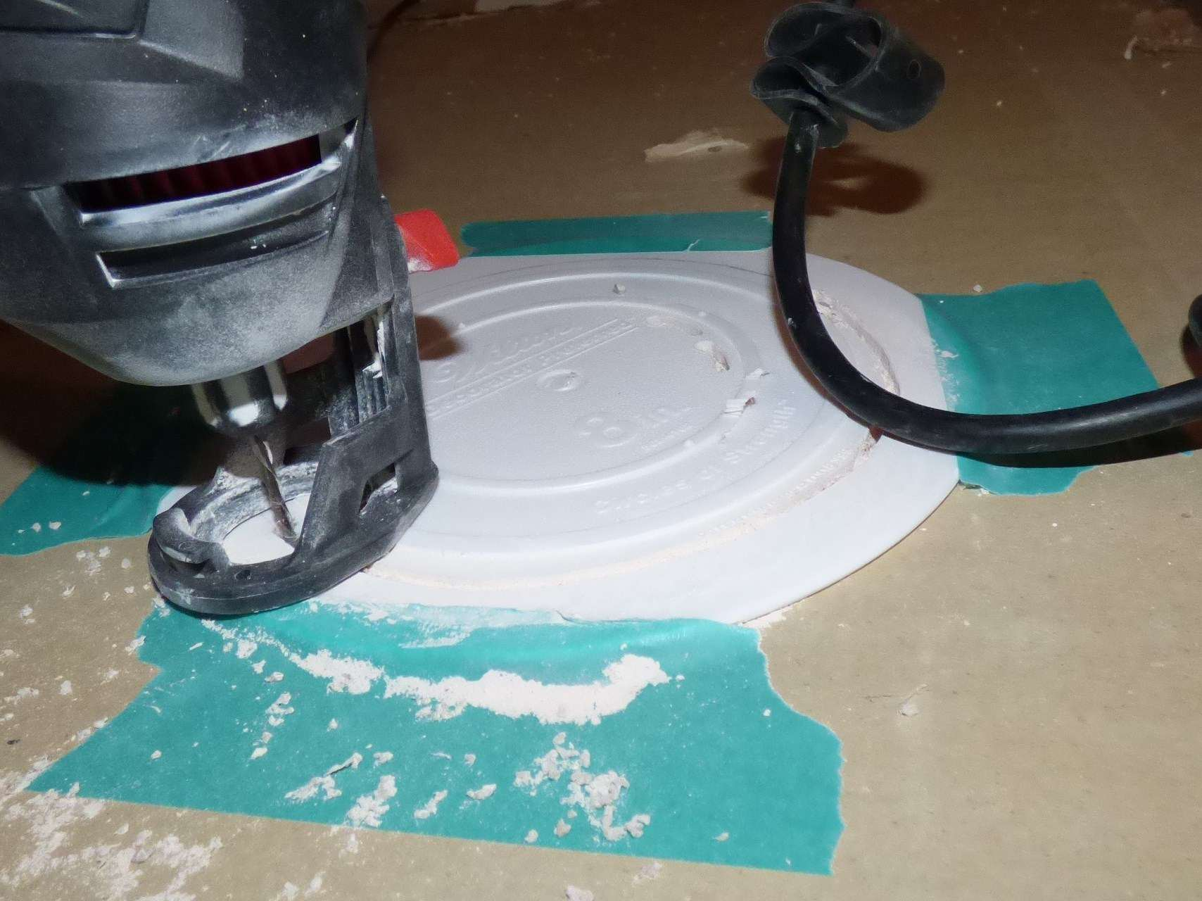 Easy fix for ceiling hole too big for recessed light dailygadgetfo Images