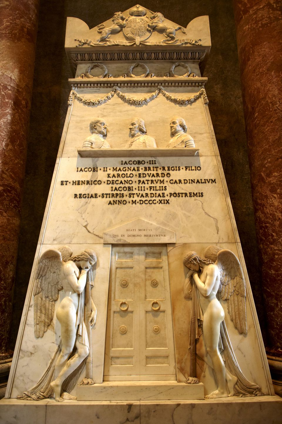 Tomb in St Peter's, The Vatican, Rome, Lazio, Italy, Europe Details Credit: