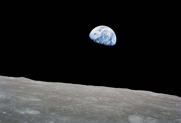 "Photograph of ""Earthrise"" shot by Apollo 8 crewman"