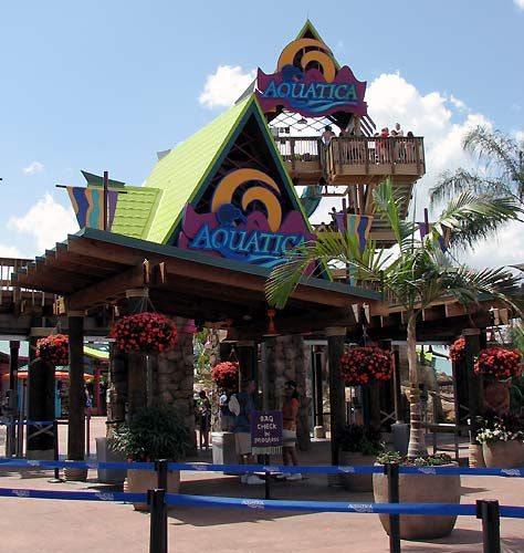 The park entrance for Aquatica. The slide tower in the upper right is the parks' signature ride.