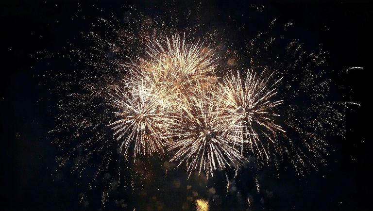 I got Fireworks Science Superstar. Fireworks Chemistry Quiz