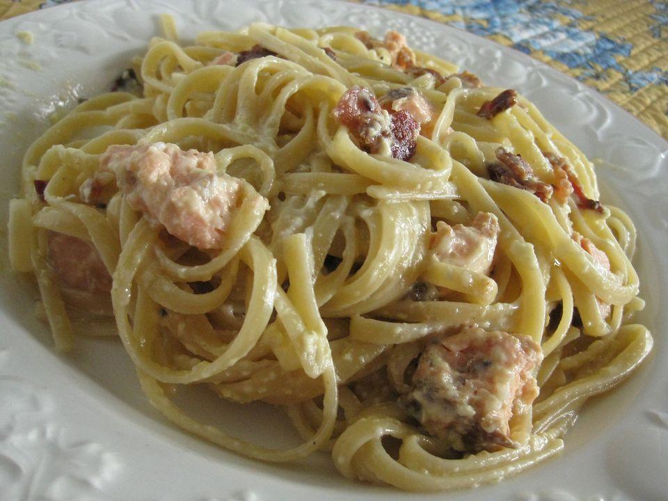 Salmon-Spaghetti-Carbonara.jpg