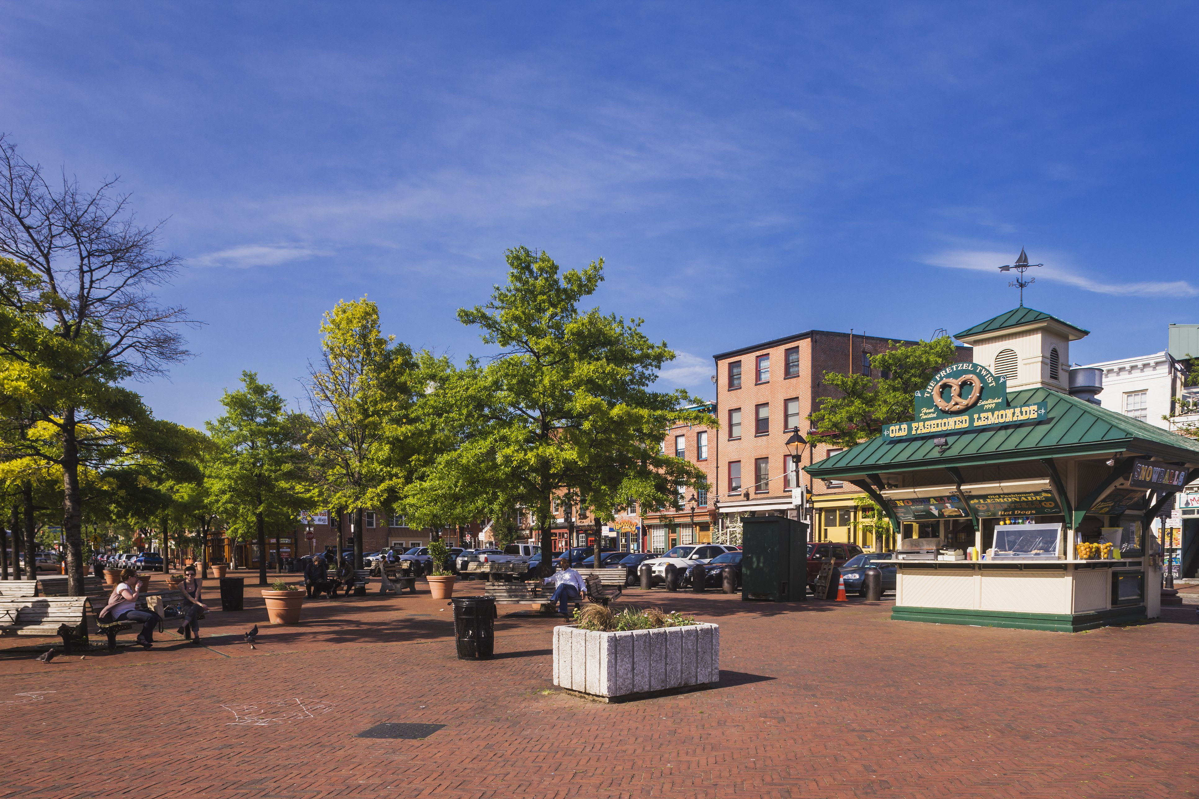 Where To Grab A Drink In Fells Point
