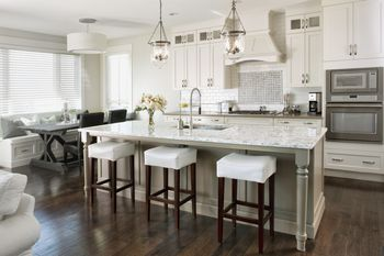 Is It Worth Your While to Purchase High End Kitchen Cabinets?