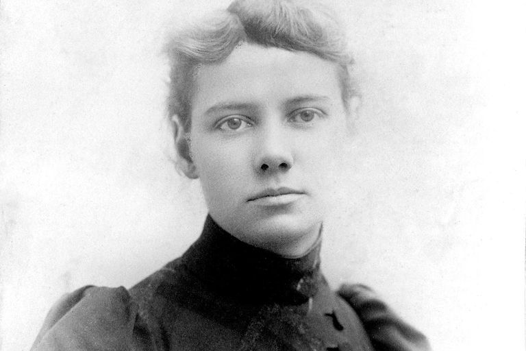 Portrait of American journalist Elizabeth Cochrane (1864 - 1922), who wrote under the name Nellie Bly, 1890.
