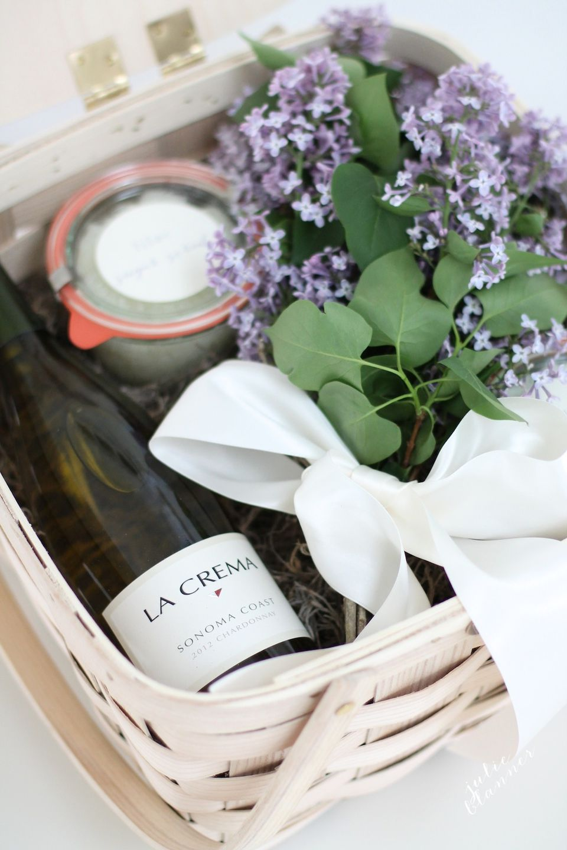 Creative hostess gifts that you can diy diy relaxing gift basket solutioingenieria Choice Image