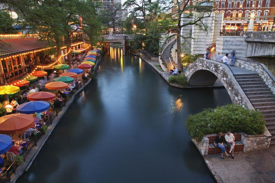 USA, Texas, San Antonio, San Antonio River and River Walk at dusk