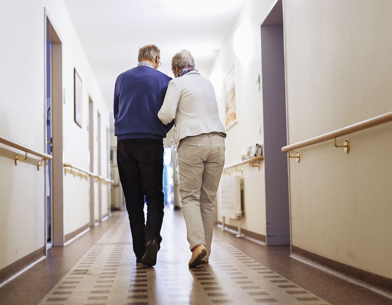 Mortality Rates in Nursing Homes with Dementia