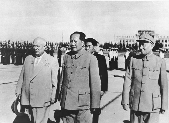 MaoandKhrushchev1959HultonGetty.jpg