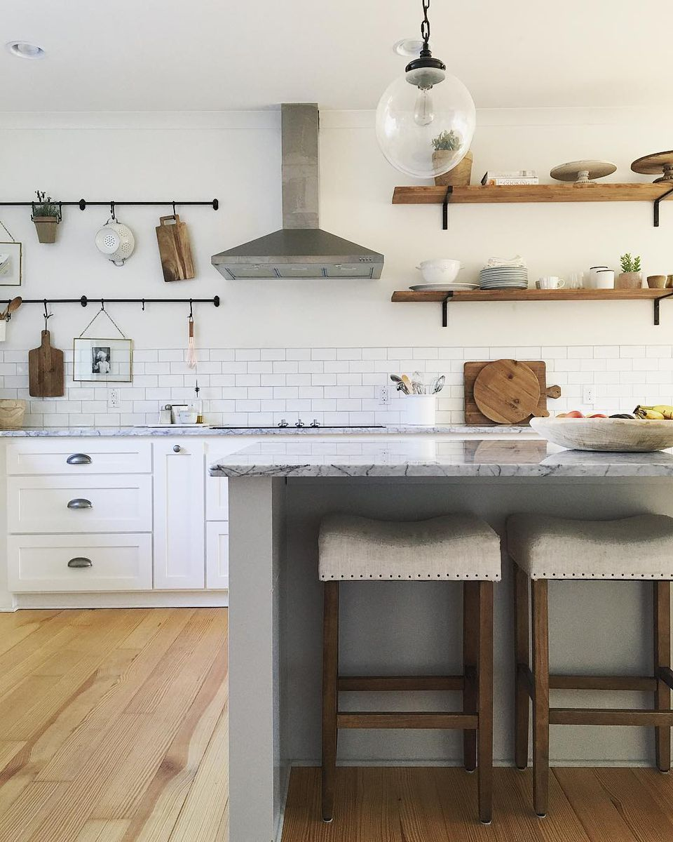 Kitchen With Open Cabinets: 10 Beautiful Open Kitchen Shelving Ideas