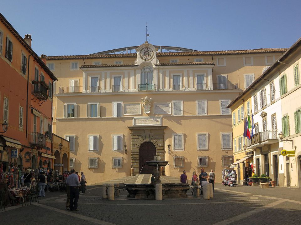 Pope's palace photo