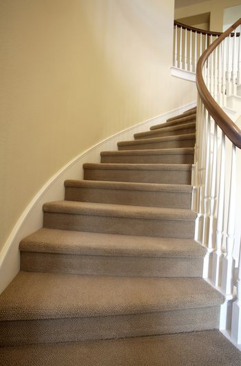 How to choose the best carpet for stairs for What is the best carpet for stairs high traffic