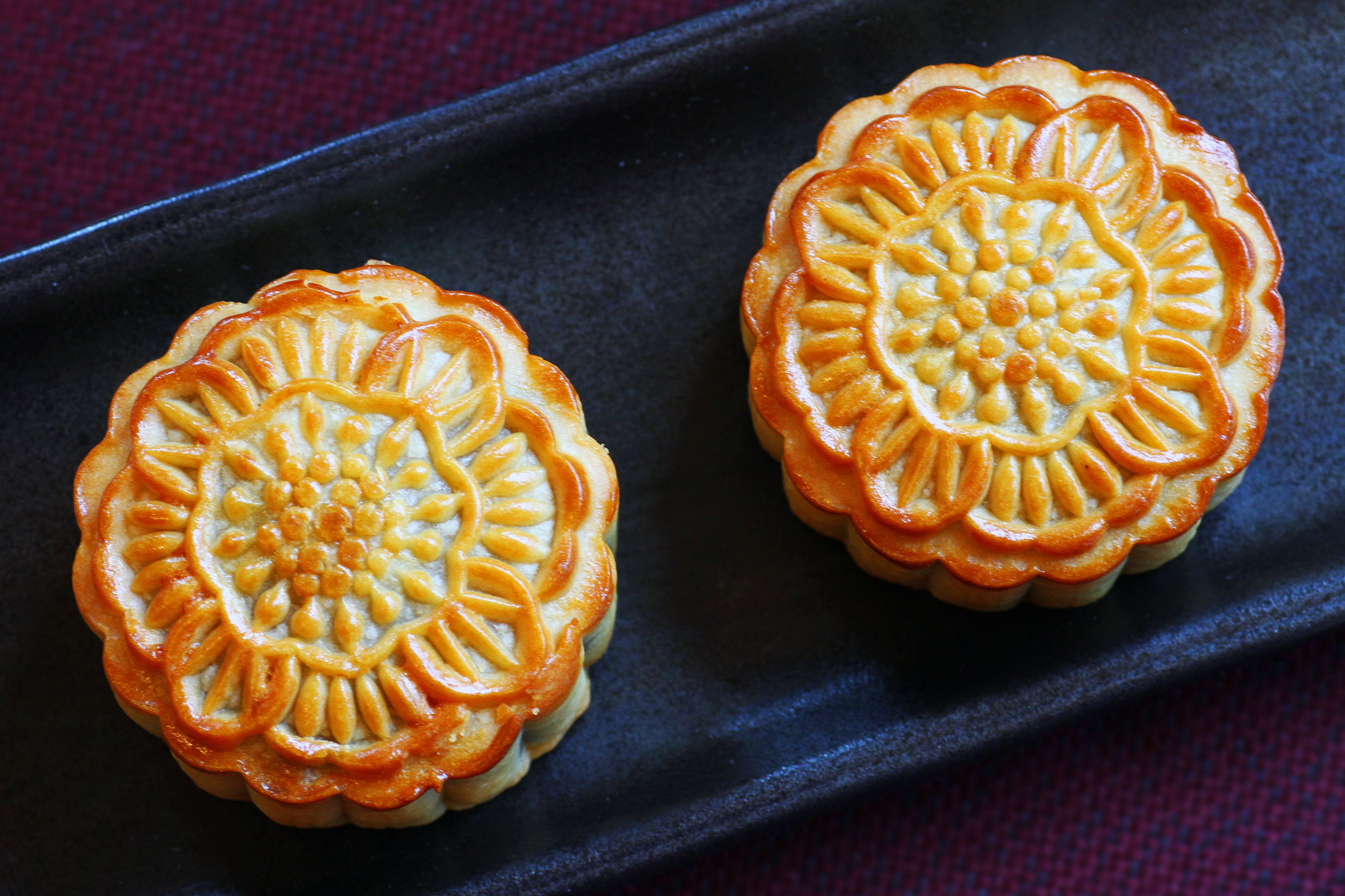 chinese mooncake festival The office of global and community initiatives cordially invites you to join us on monday, september 24th for mooncakes, tea and coffee in celebration of the chinese mid-autumn festival.