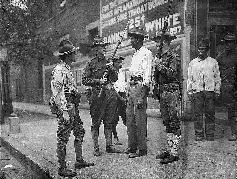 chicago race riots essay Chicago race riot of 1919 term paper demands for change is the chicago race riot of 1919 the chicago race riot is anomalous in that this essay, arnold r.
