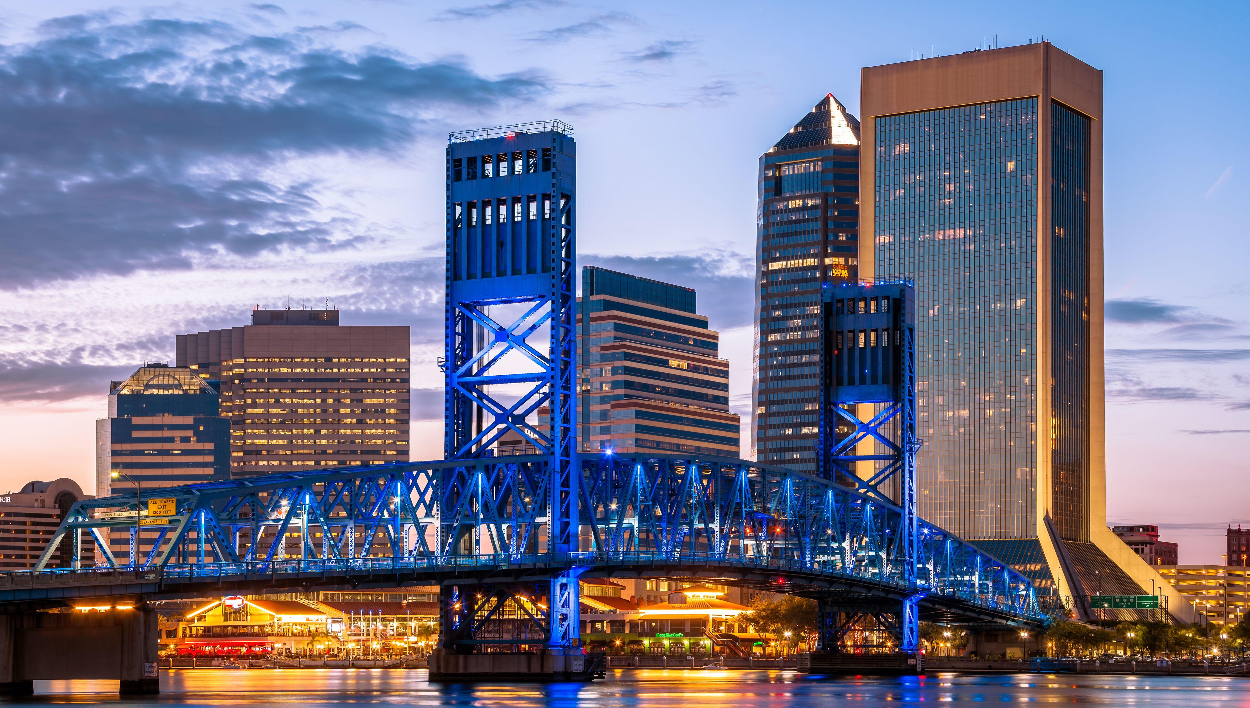 Jacksonville Main Street Bridge at Night