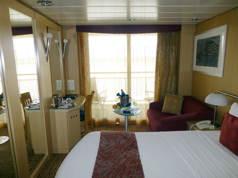 Celebrity Infinity Cabins and Staterooms - Cruiseline.com
