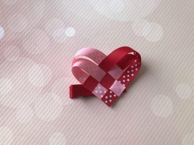 heart ribbon hairbow
