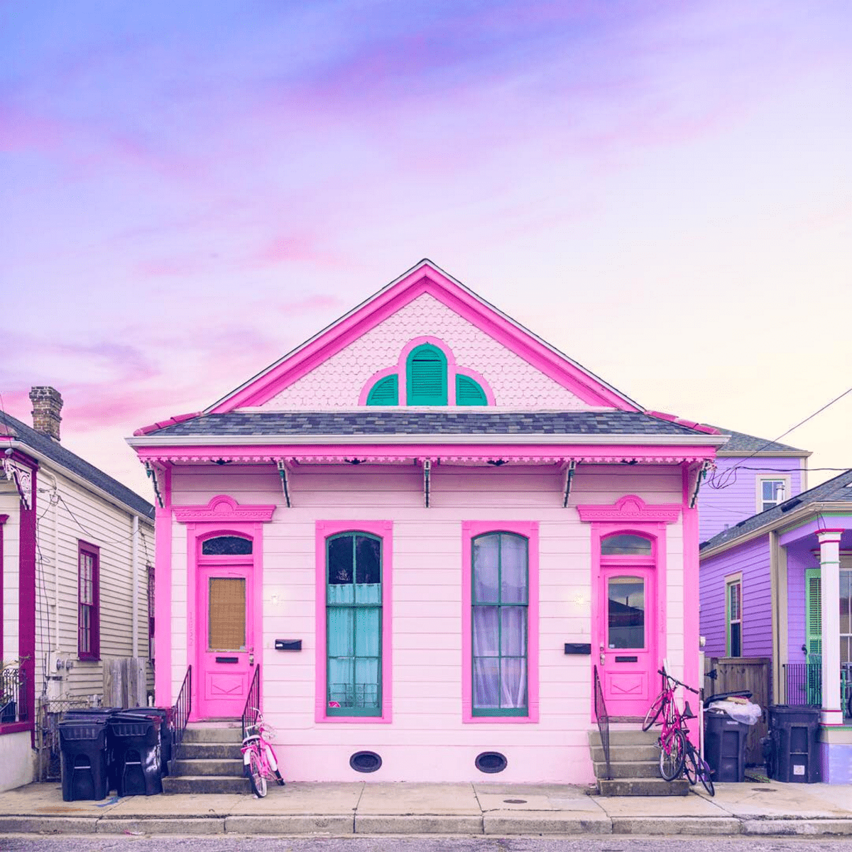 house tour a pink bywater shotgun home in new orleans. Black Bedroom Furniture Sets. Home Design Ideas