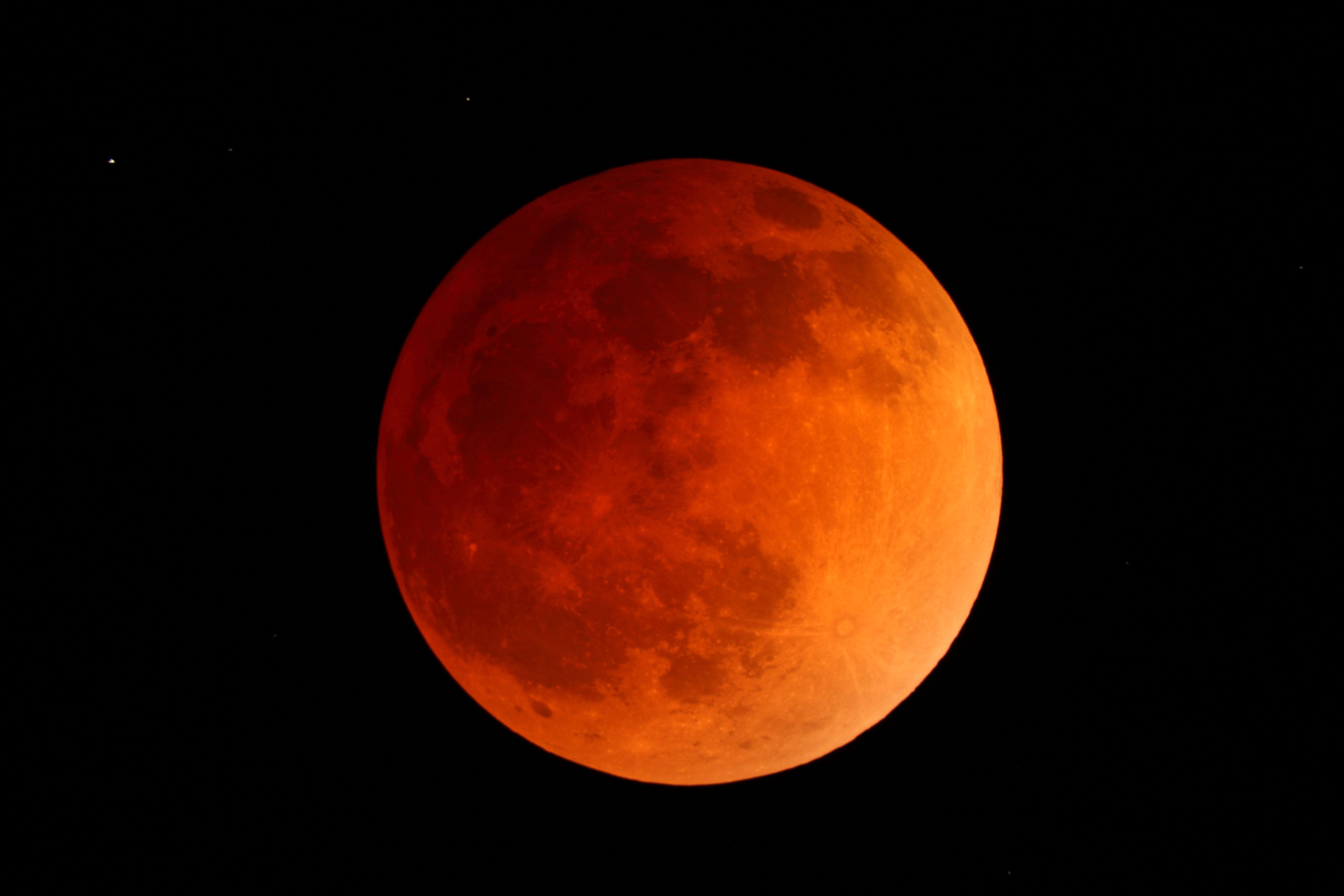 lunar eclipse and the blood moon. Black Bedroom Furniture Sets. Home Design Ideas