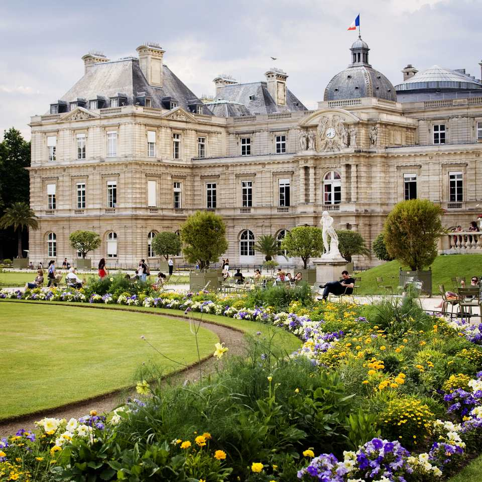 The luxembourg gardens in paris a complete guide - Jardin de luxembourg hotel ...