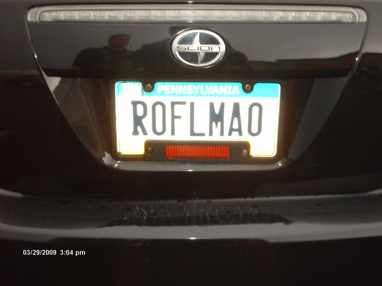 """License plate reads """"ROFLMAO"""""""
