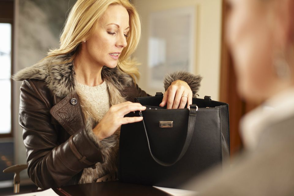 Organize Your Purse in 5 Steps