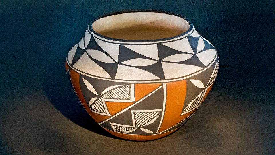 An example of a storage jar from early Acoma Indian Pueblo pottery in New Mexico