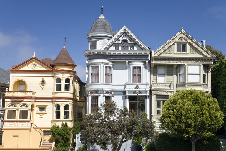Steiner Street and Alamo Square, a famous Victorian location in San Francisco, California