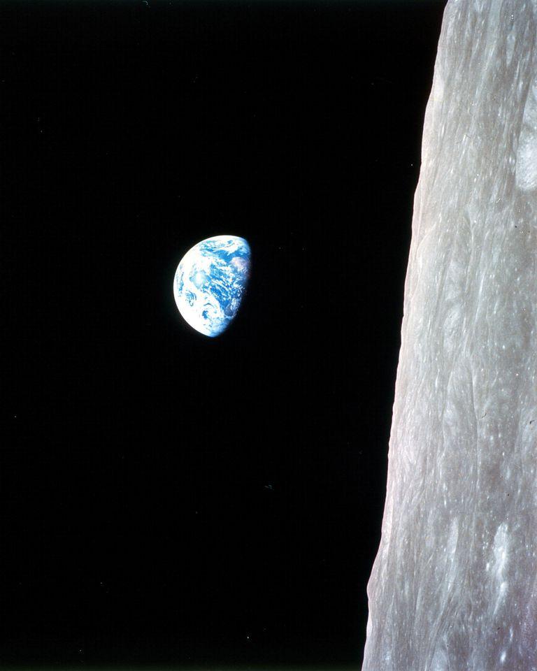 Earthrise - Apollo 8