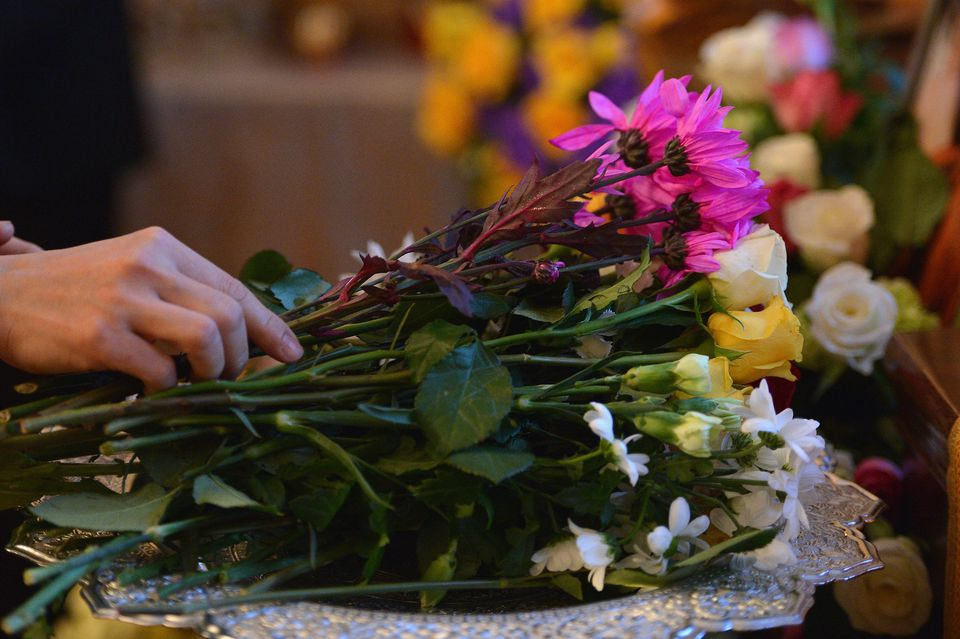 It is more difficult to arrange a burial when your loved one dies on an overseas trip.