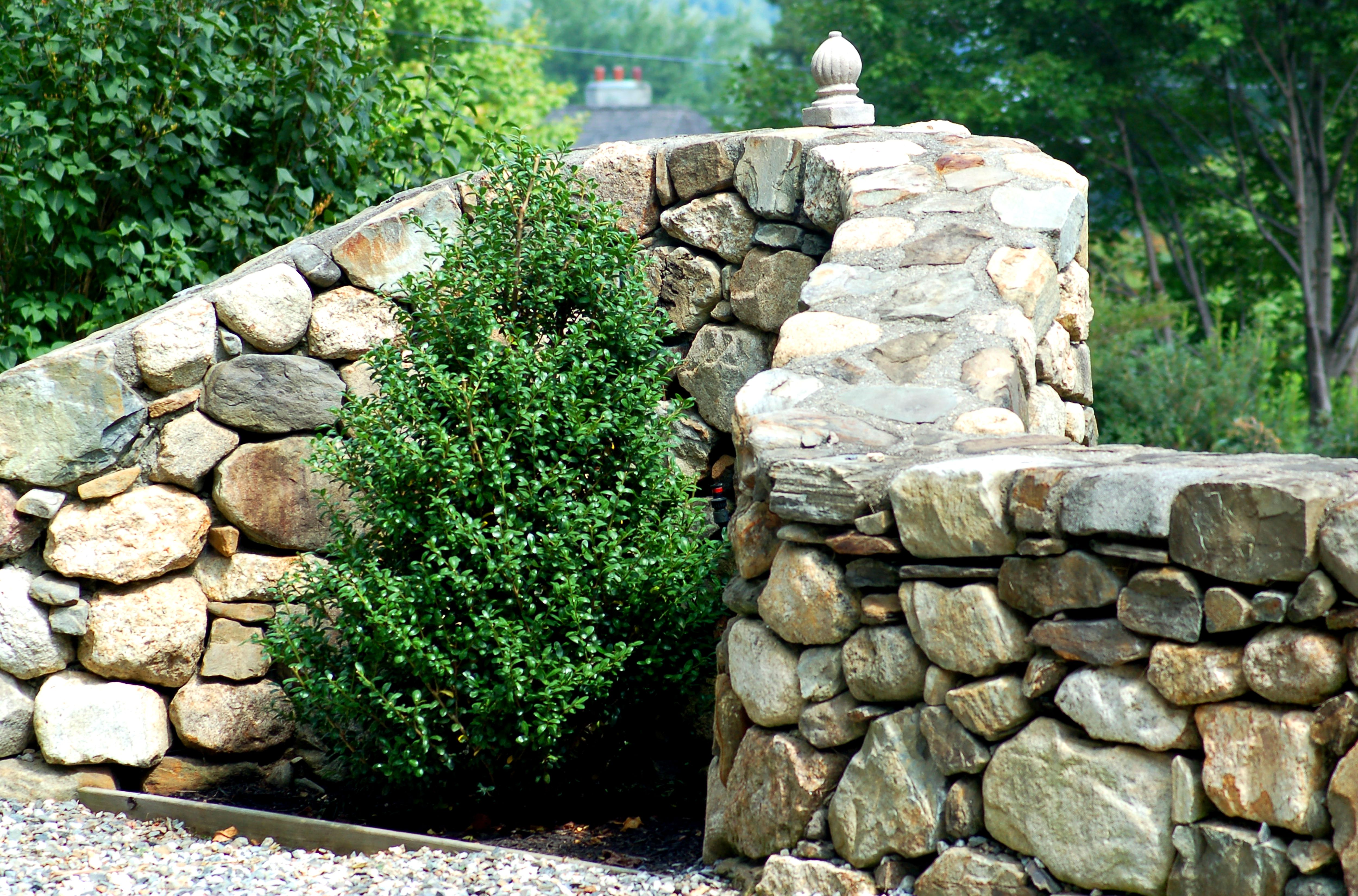Awesome Landscaping with Rocks and Stones Pictures