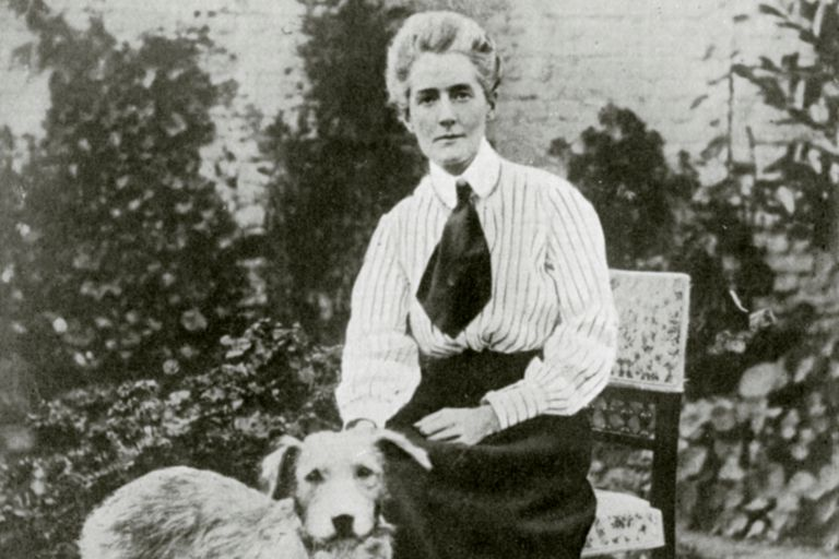 Edith Cavell about 1915