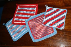 Fourth of July Crafts: Red White and Blue Potholders and Dishcloth