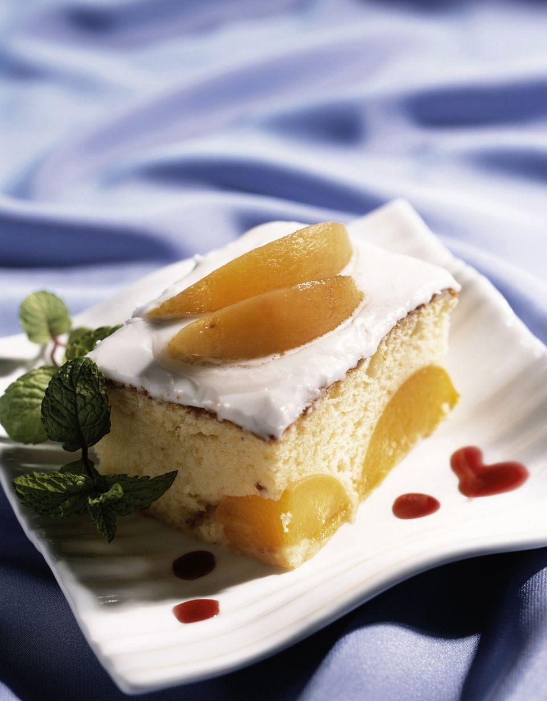 White nectarine sponge cake