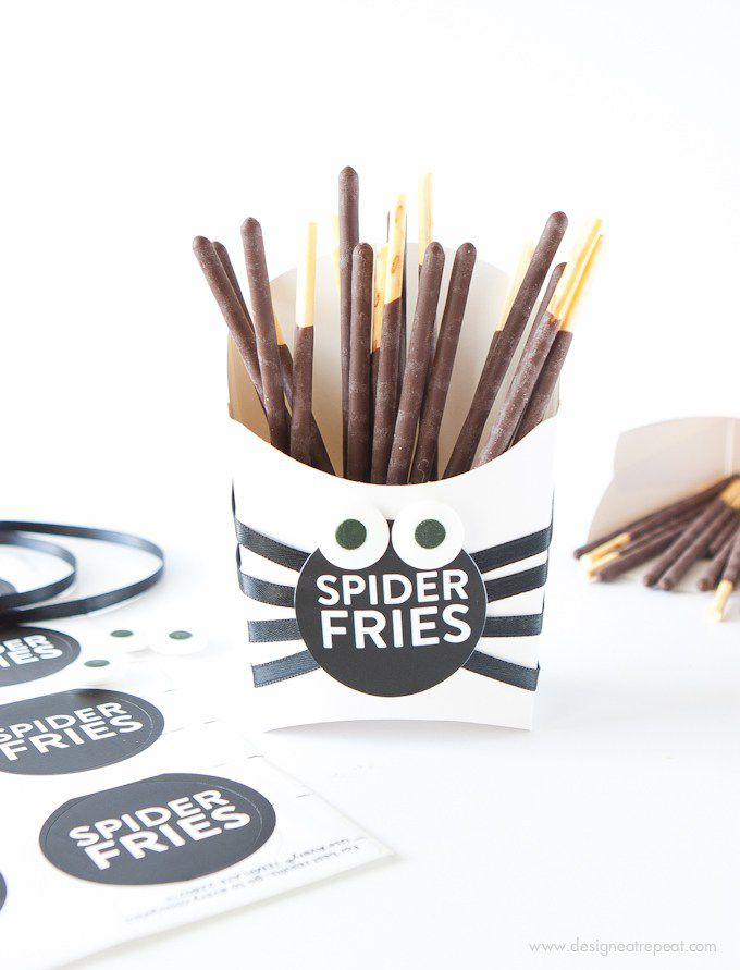 DIY Spider Fries Treat Box
