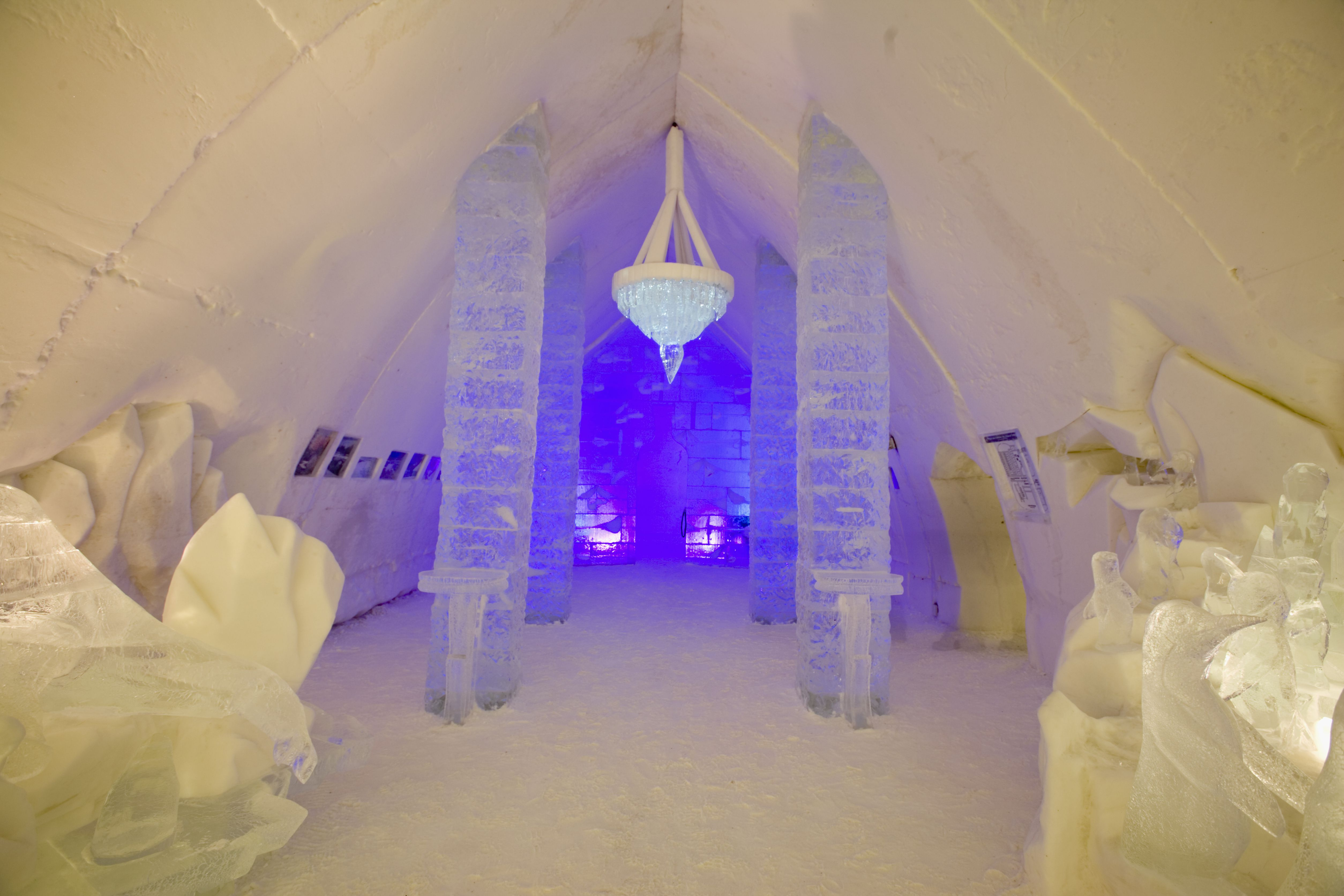 Details On Staying At The Quebec Ice Hotel