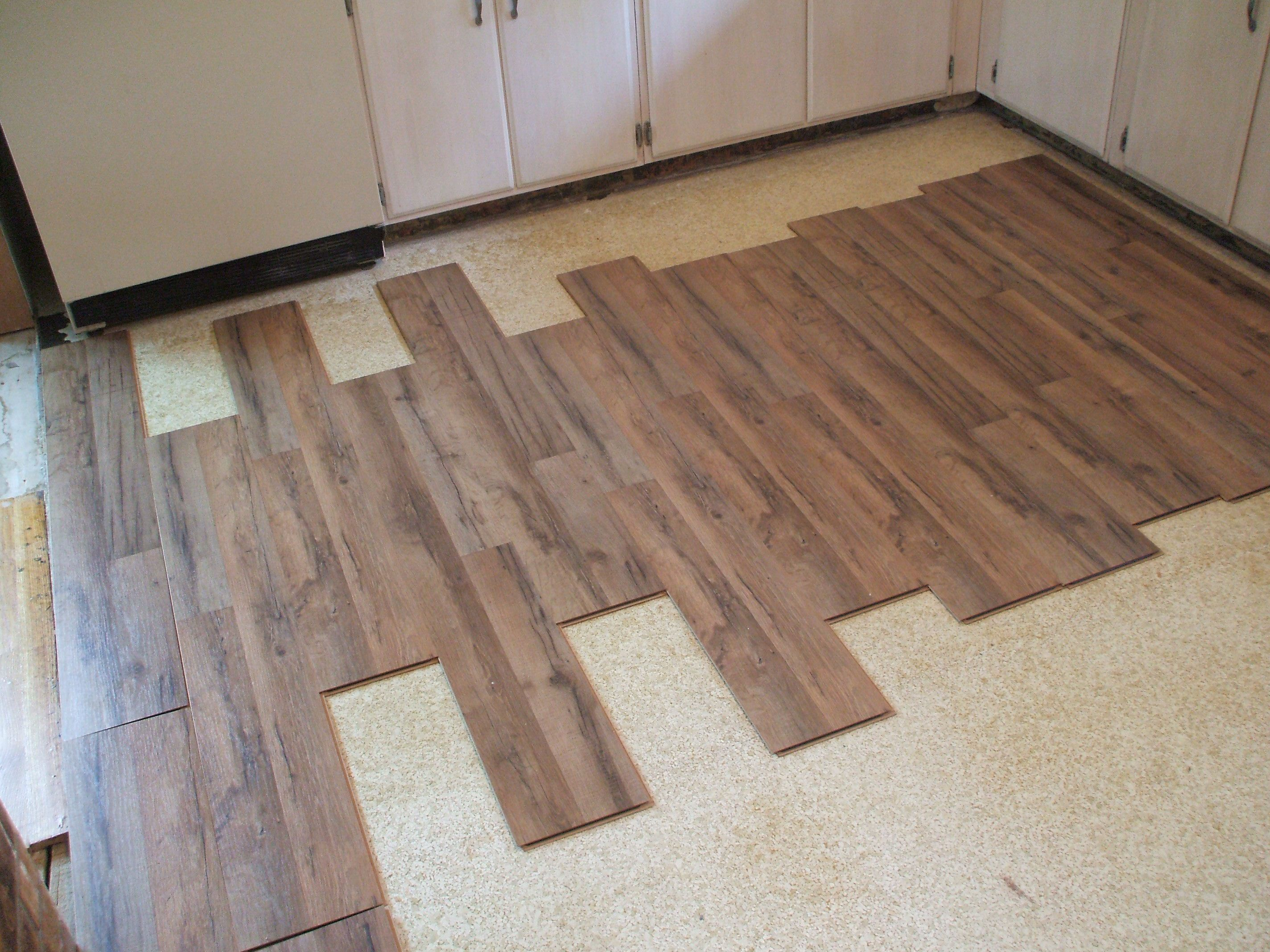 How to lay laminate flooring in one day dailygadgetfo Image collections