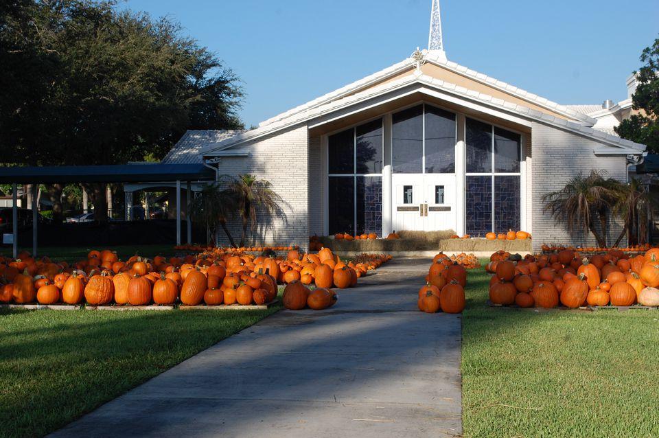 Hollywood Hills United Methodist Church Pumpkin Patch