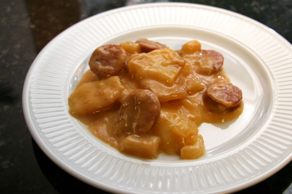 Slow Cooker Potato and Sausage Dinner