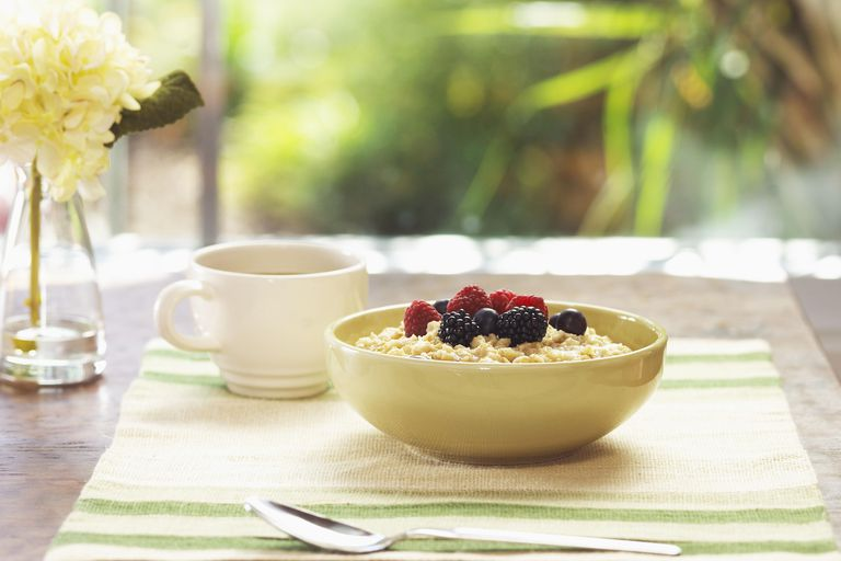 Eating a big bowl of oatmeal can help you gain weight.