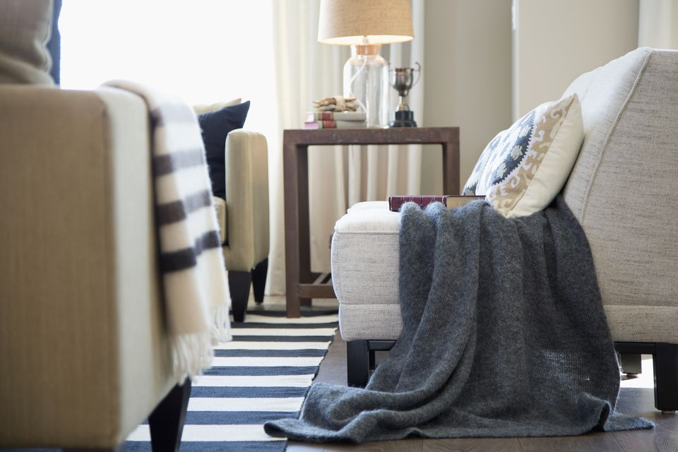 What to Look for When Shopping for End Tables