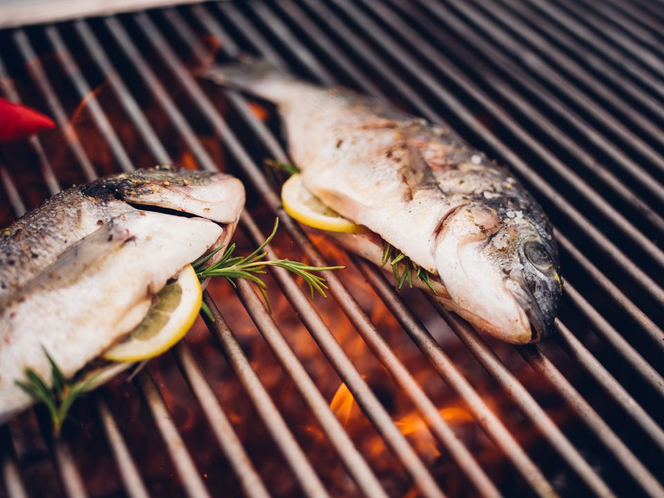 How to cook or grill a whole fish for The fish grill